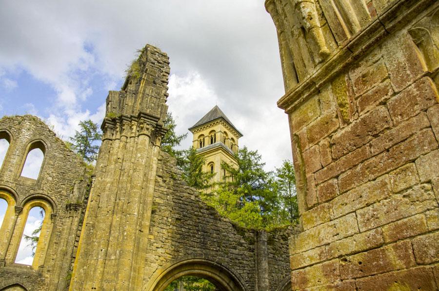 Abbaye-Orval-httpswww.visitardenne.comfrle-meilleur-de-lardennesites-emblematiquesabbaye-orval-scaled